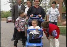 Newshour: Kosovo refugees
