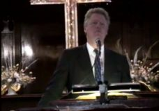 [The 90's Election Specials raw: Clinton at church #2]