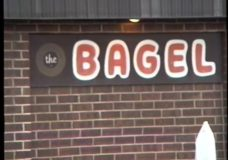 [The 90's Election Specials raw: The Clintons at The Bagel]