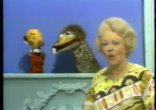 Kukla, Fran, and Ollie: Kukla discovers America