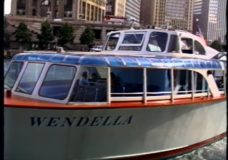 [Chicago Slices raw: Wendella Boat Captain]